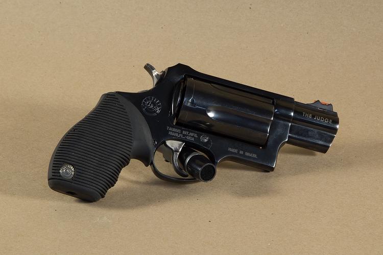 taurus judge public defender 45 colt 410 gauge revolver used